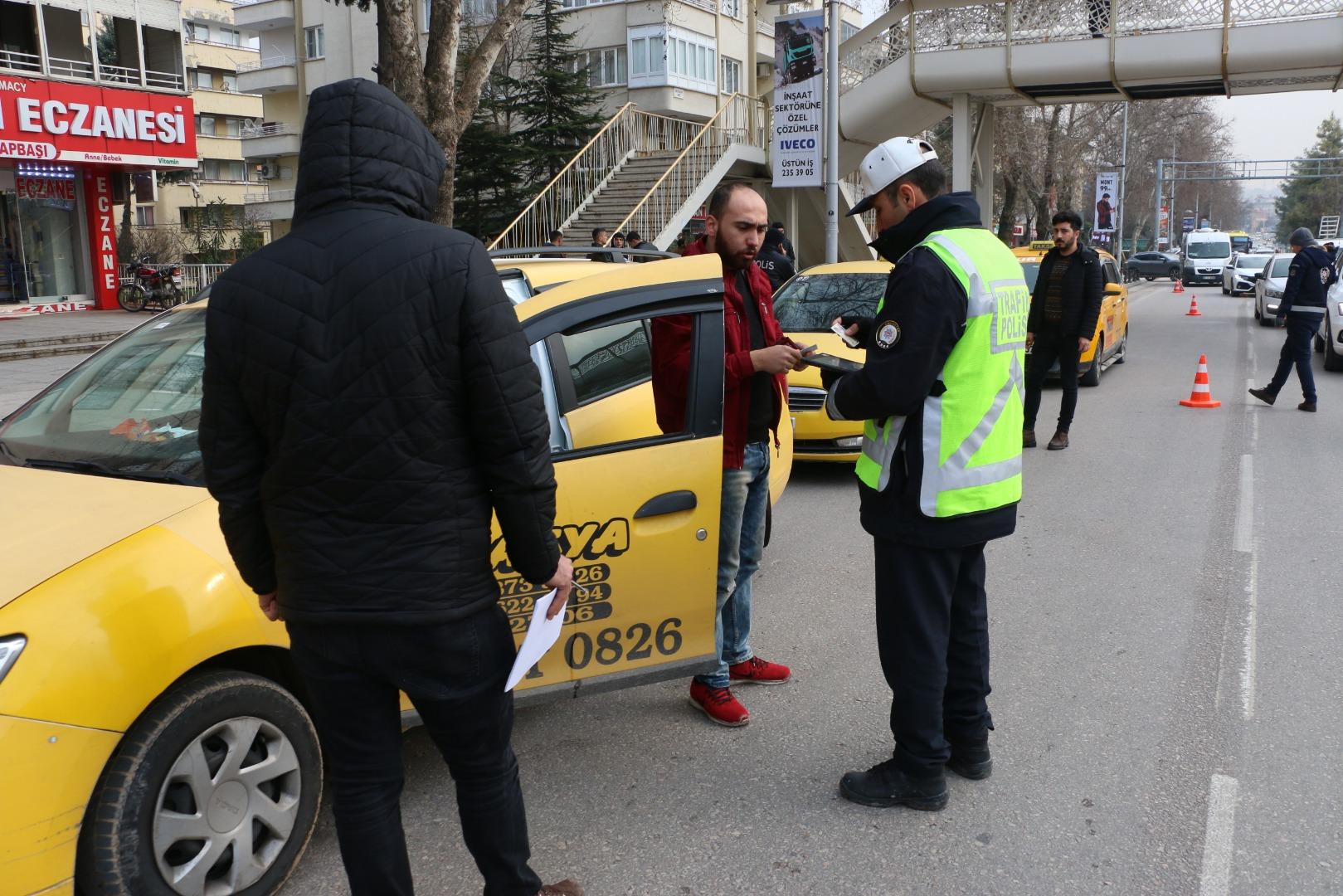 Kuralara uymayan taksicilere ceza yağdı