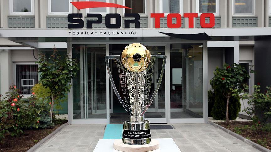 Şampiyonluk kupası,Ankara'da görücüye çıktı