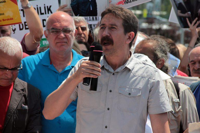 Halkevleri: AKP ve MHP yenildi