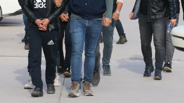 Ankara'da kaportacı dükkanında uyuşturucu satışı yapan zanlı yakalandı