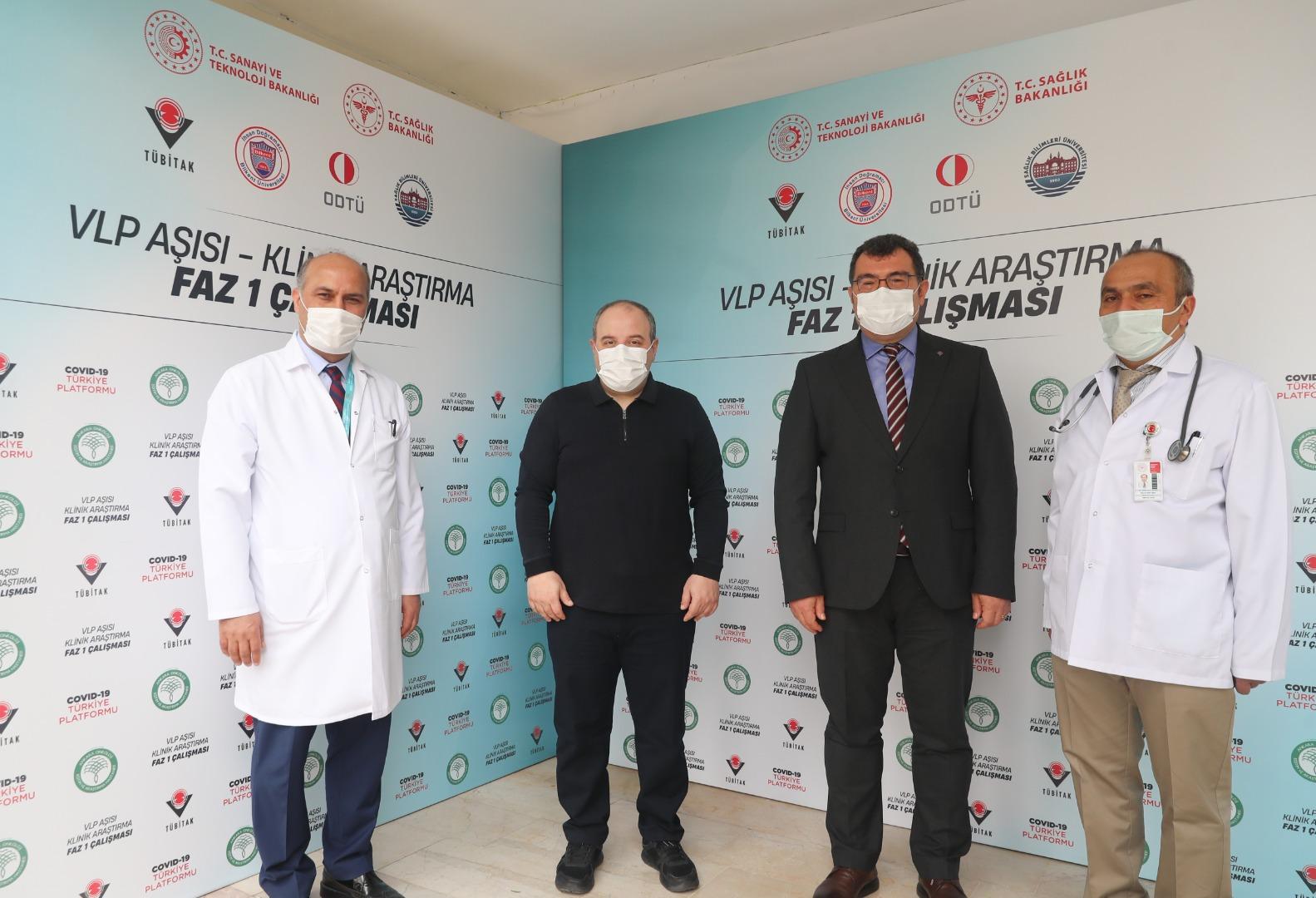 Bakan Varank aşı gönüllüsü oluyor