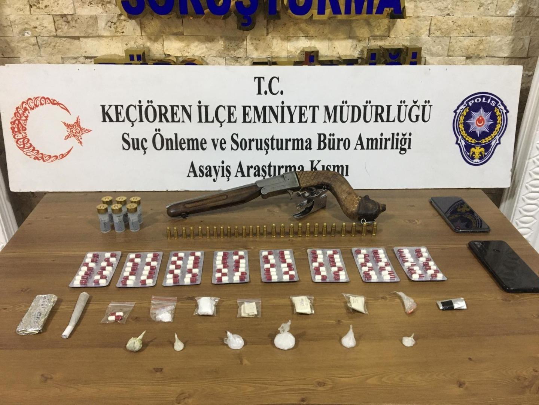 Ankara'da uyuşturucu operasyonu: suç üstü yakalandılar