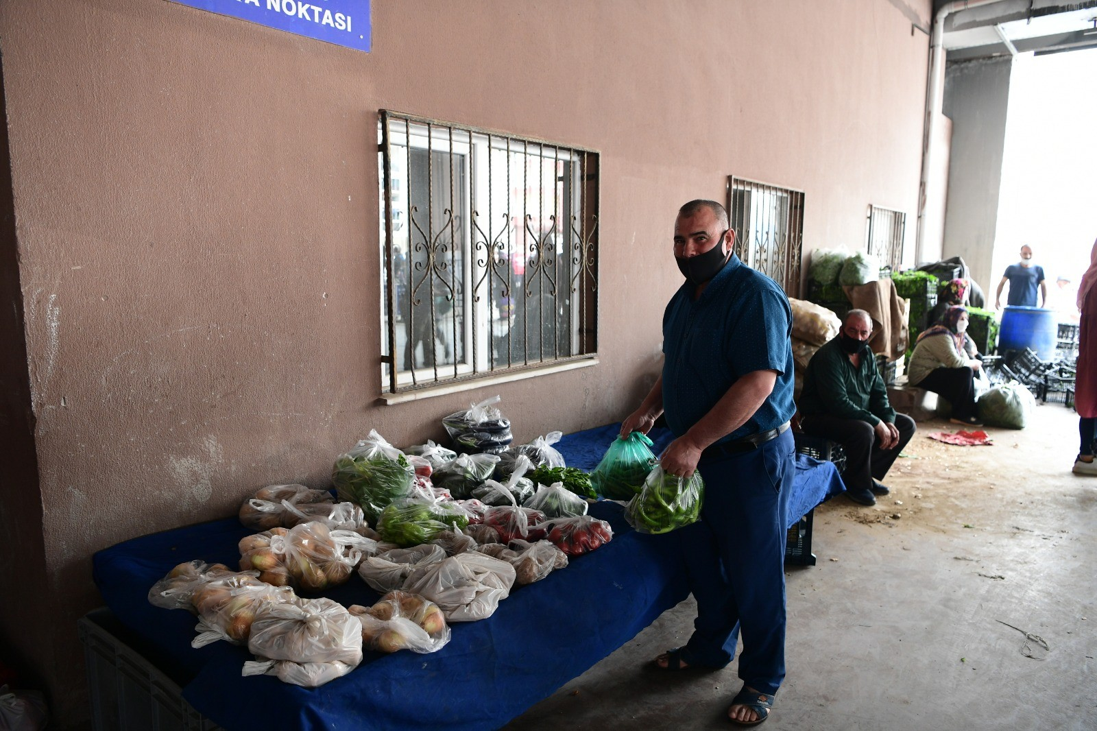 Mamak Belediyesinden askıda yiyecek uygulaması