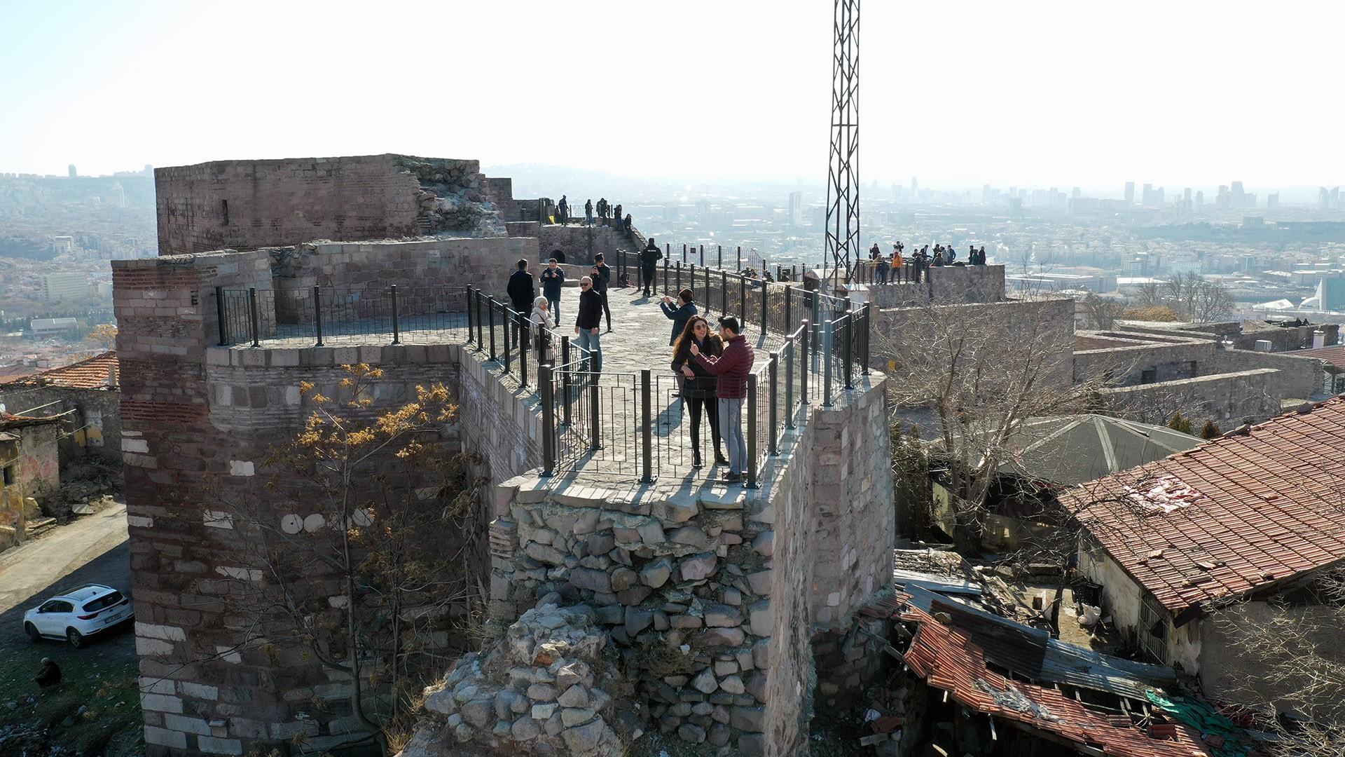 Tarihi Ankara Kalesi artık daha güvenli