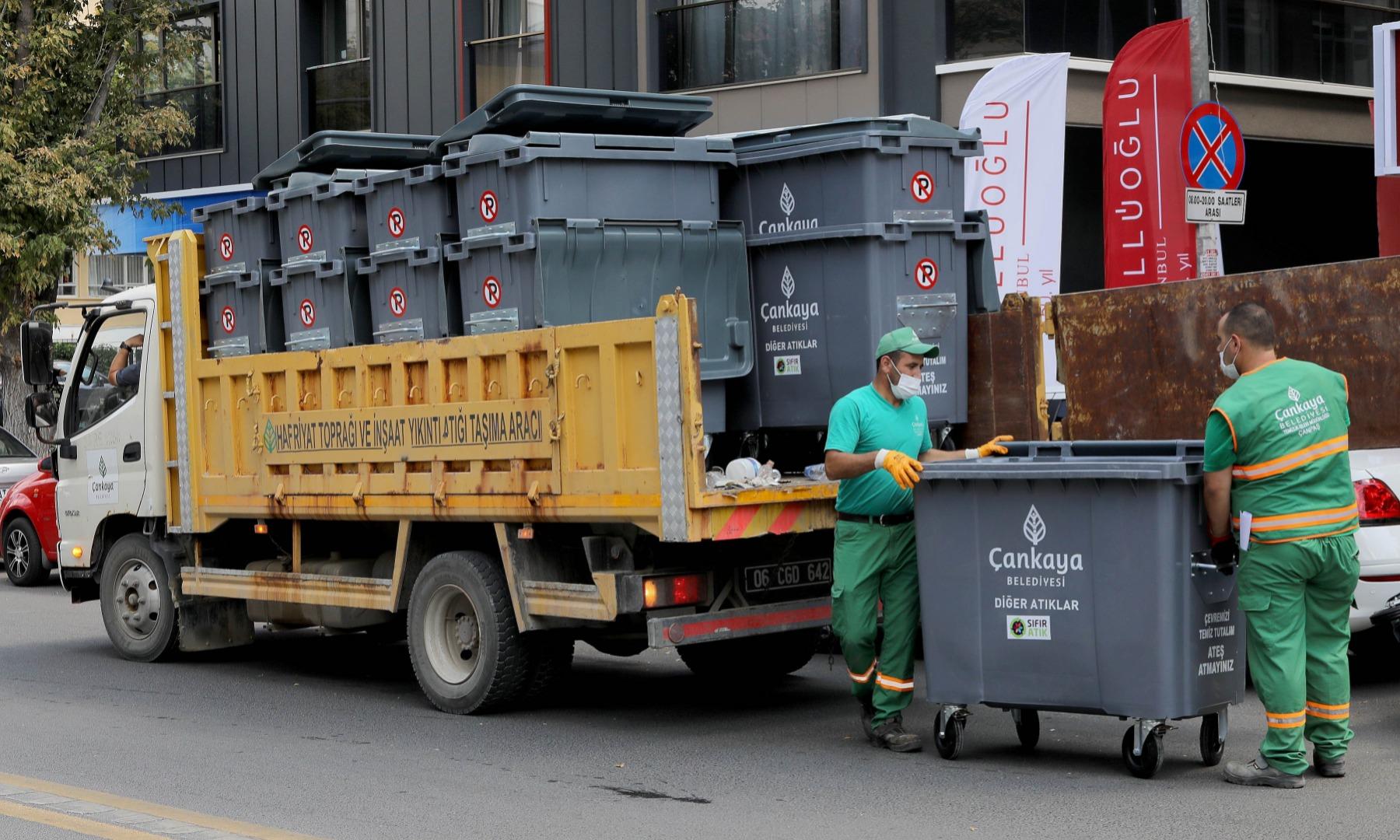 Daha temiz Çankaya için konteynerler yenileniyor