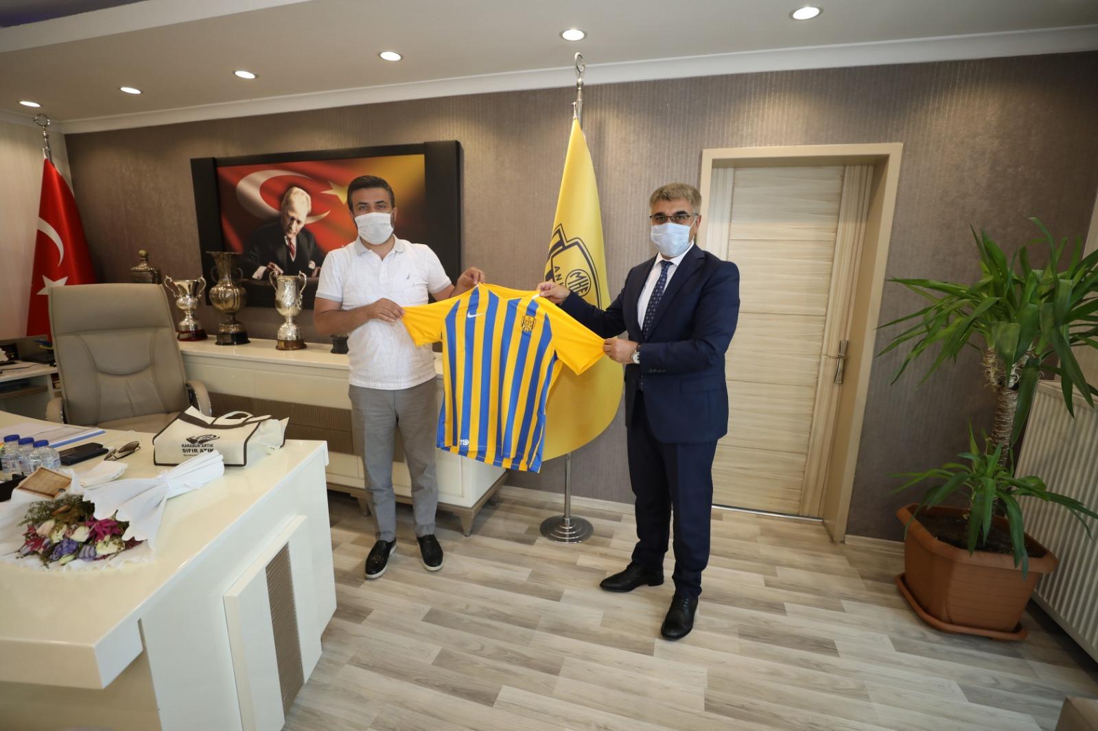 Karabük Valisi Fuat Gürel'den MKEAnkaragücü'ne ziyaret
